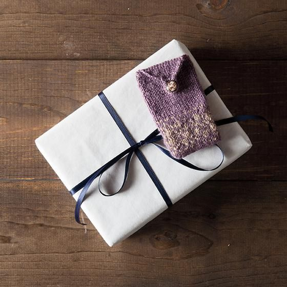 Dainty and Folky Gift Card Sleeves - Knitting Patterns and Crochet Patterns from KnitPicks.com