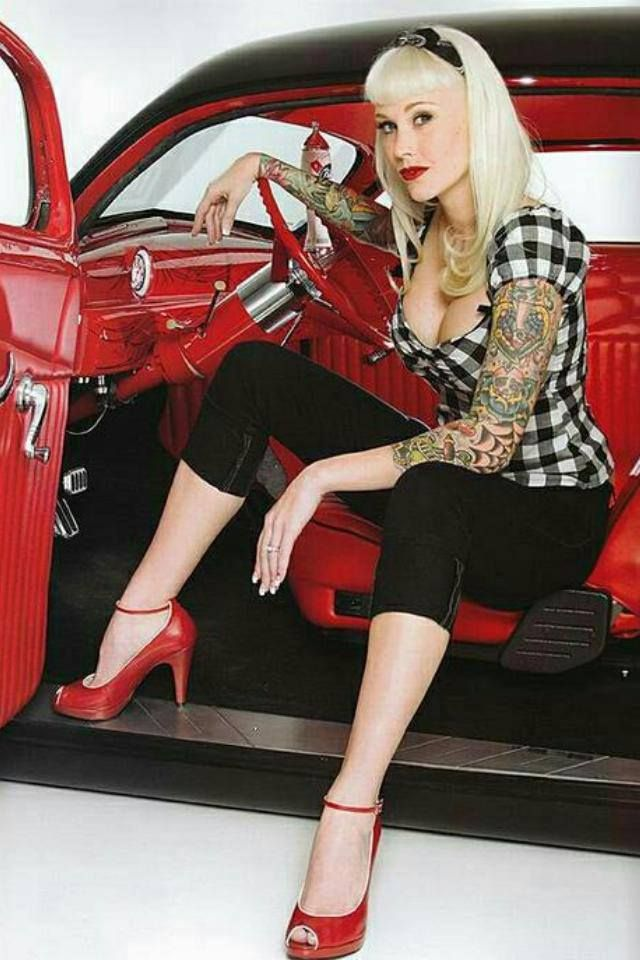 Pin up girls , Rockabilly and Vintage Vixens Rockabilly Shoes, Rockabilly Mode, Rockabilly Fashion, Retro Fashion, Vintage Fashion, Rockabilly Clothing, Estilo Pin Up, Look Retro, Retro Pin Up