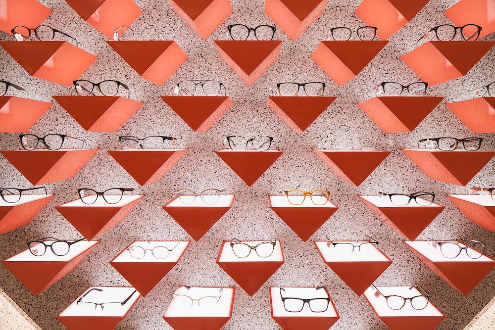 Led Flex Selfridges Eyewear Destination In 2020 Eyewear Store Design Retail Lighting Design Retail Design