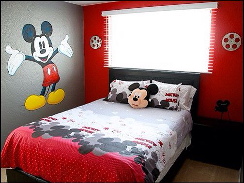 Mickey and Minnie Mouse Theme | Mickey mouse bedroom, Mickey ...