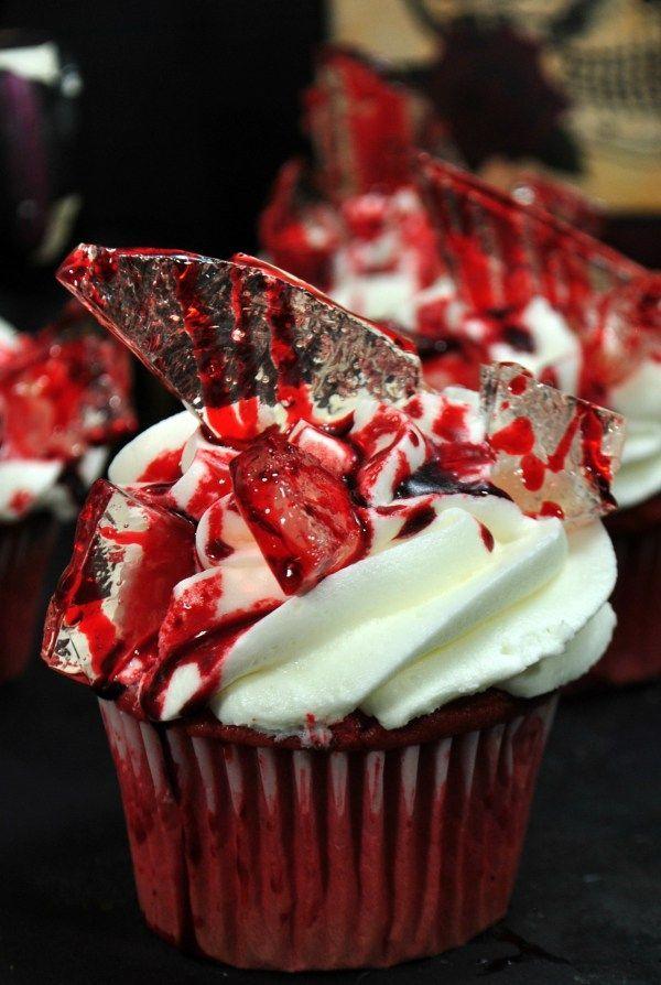 DIY Bloody Halloween Cupcakes