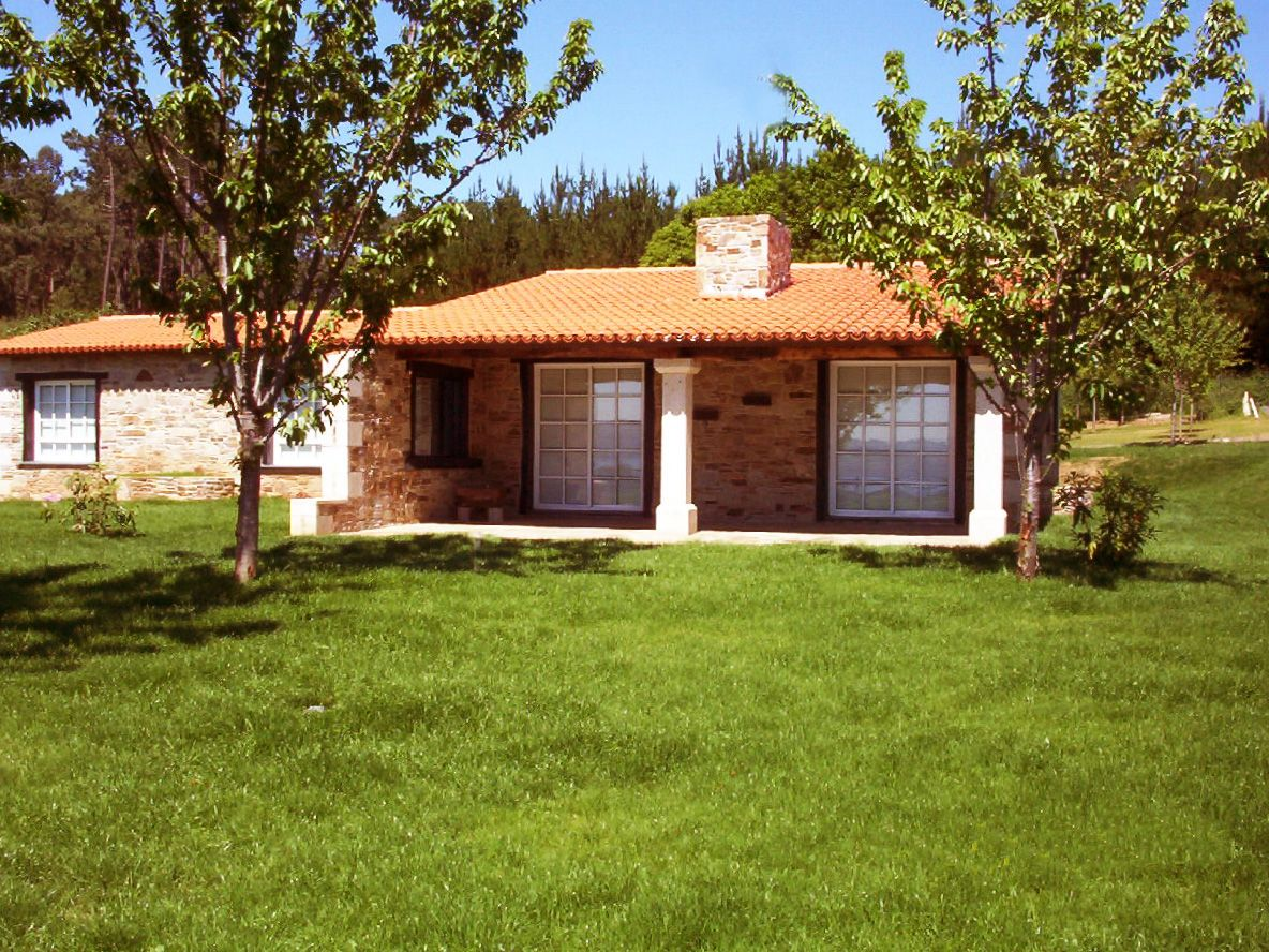 Casa de piedra gallega fachadas de piedra pinterest - Casa rusticas gallegas ...