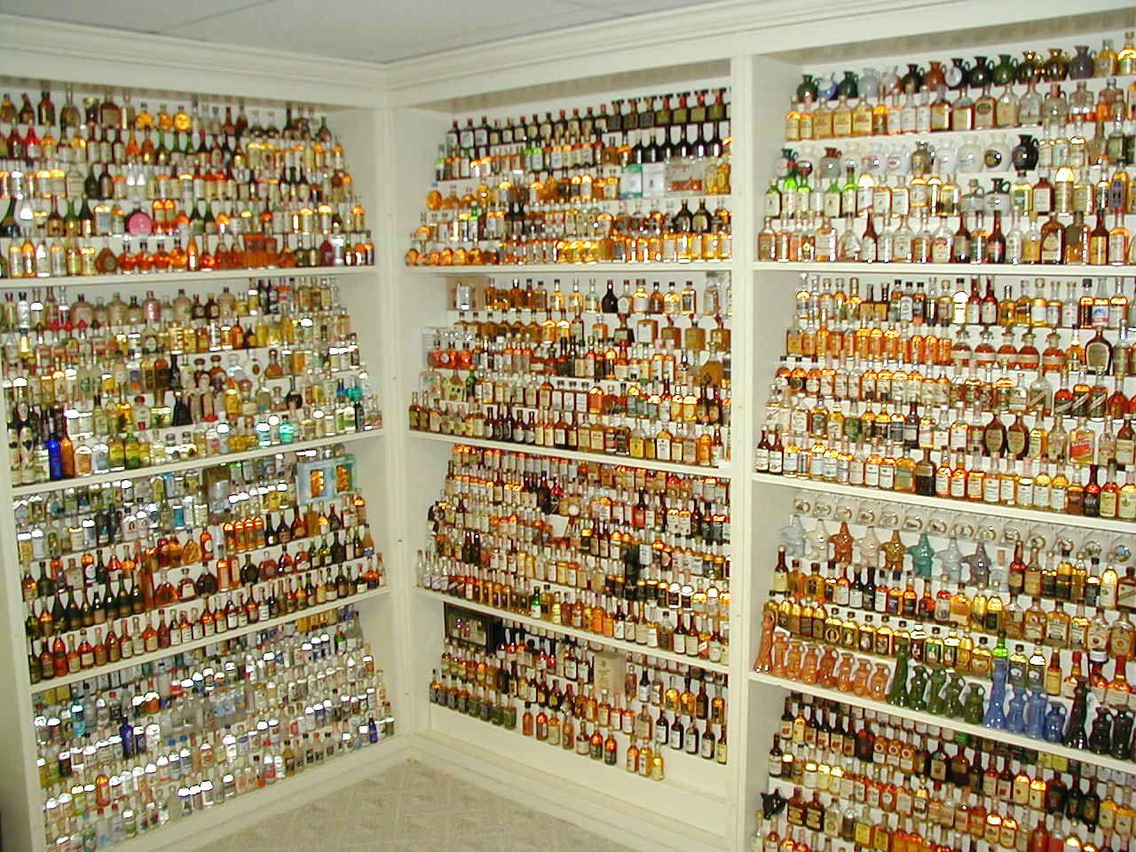 Carlopeto S Figuralminibottles Collector Jim Crawford Alcool