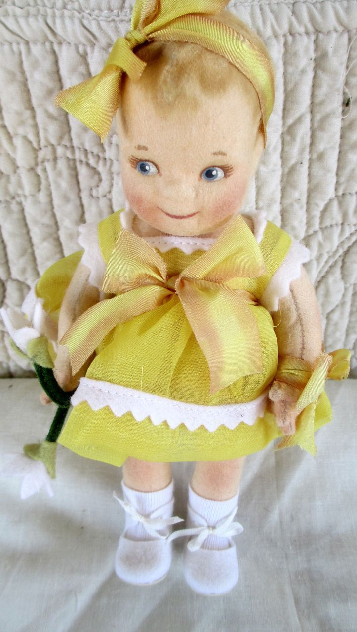 R,John Wright , limited edition Kewpie from dollsantique on Ruby Lane-not an antique, but sooooo cute!