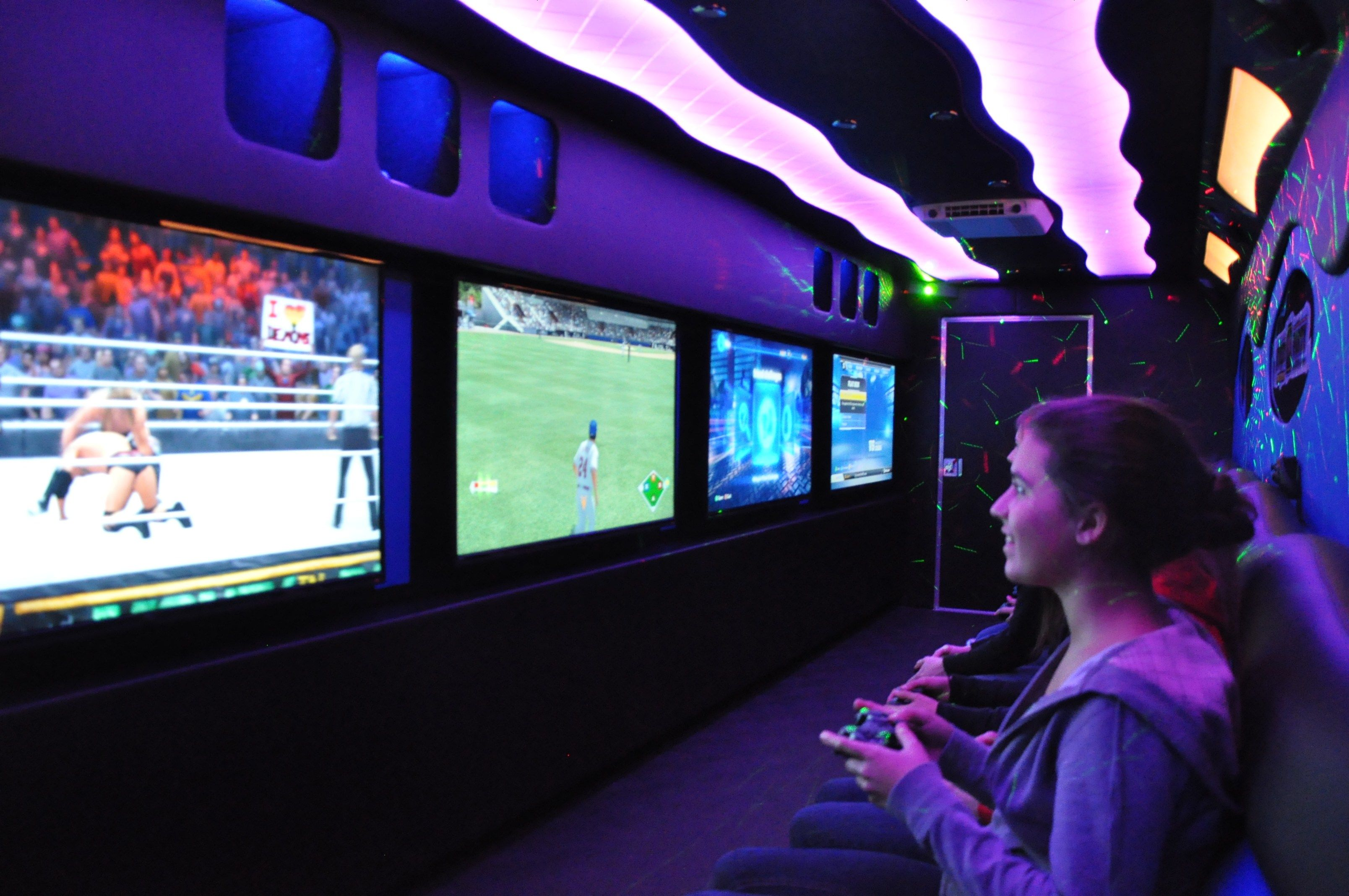 Grab the opportunity and start game truck business. Call