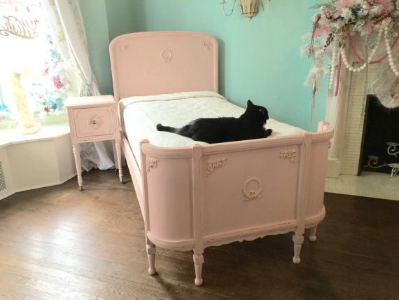 omg antique twin bed frame shabby chic distressed pink vintage cottage girls bedroom wreaths bows - Vintage Bed Frame
