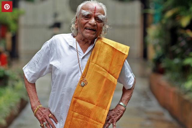 """"""" Ne considère jamais le pranayama comme un exercice, mais comme une prière. La respiration c'est la vie. """" B.K.S. Iyengar"""
