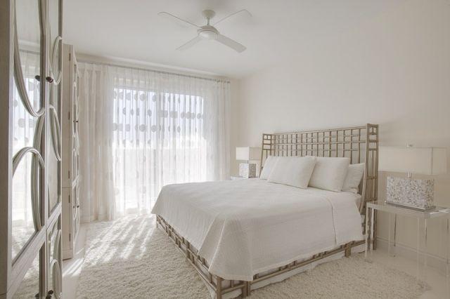 shaggyteppich weiß schlafzimmer vintage bett rahmen in