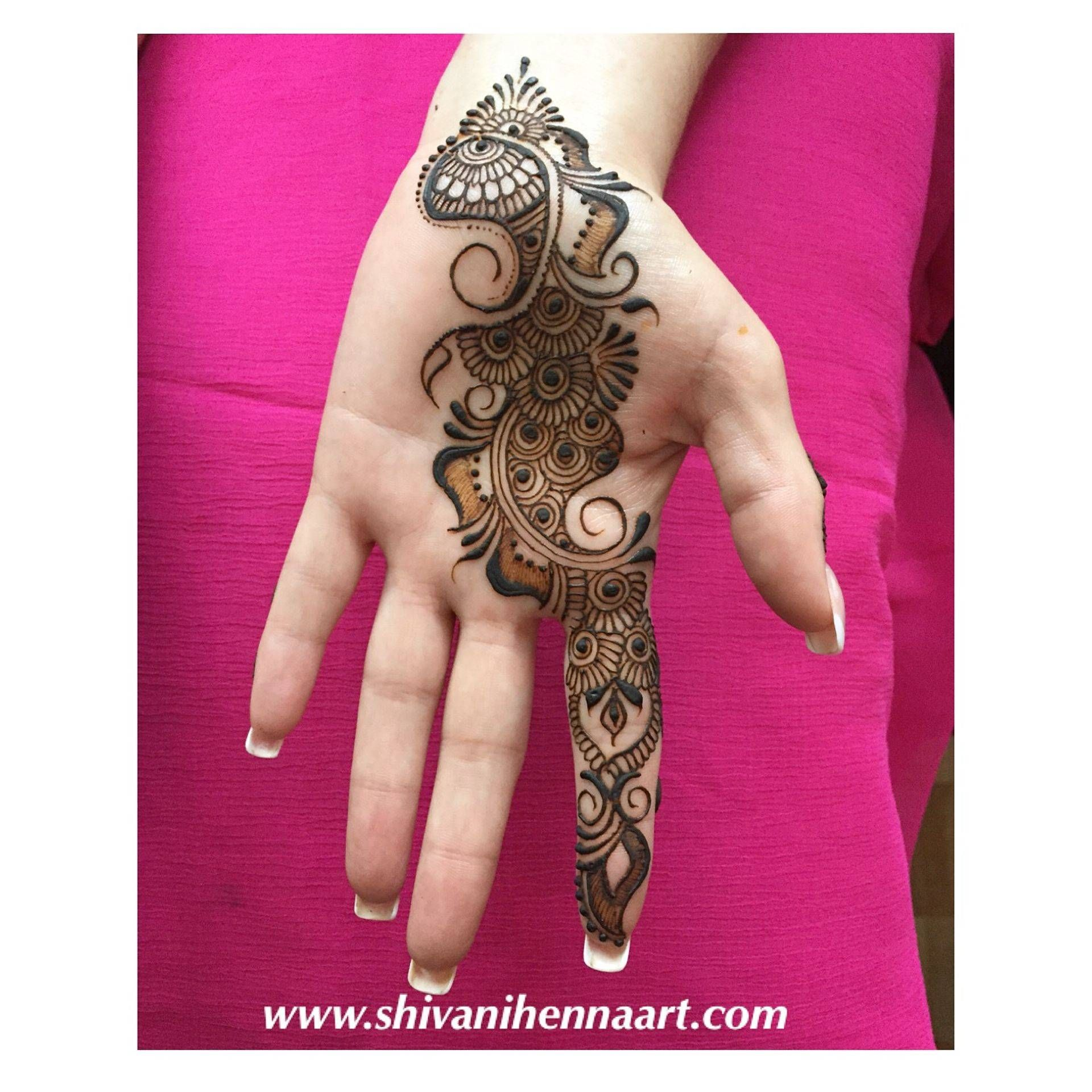 32 Latest Arabic Mehndi Designs To Inspire From
