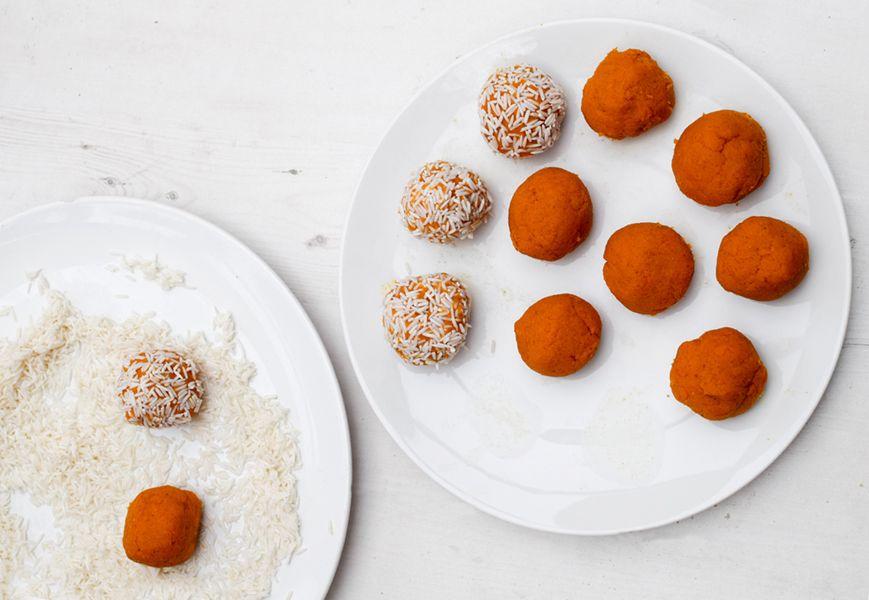 Steamed Sweet Potato Rice Balls [vegetarian] Step 4