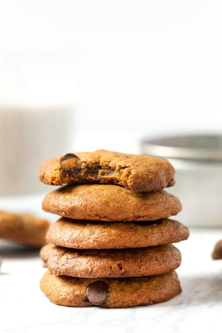 Soft Chewy Vegan Chocolate Chip Cookies Simply Quinoa Recipe In 2020 Soft Chewy Chocolate Chip Cookies Vegan Chocolate Chip Cookies Chocolate Chip Cookies
