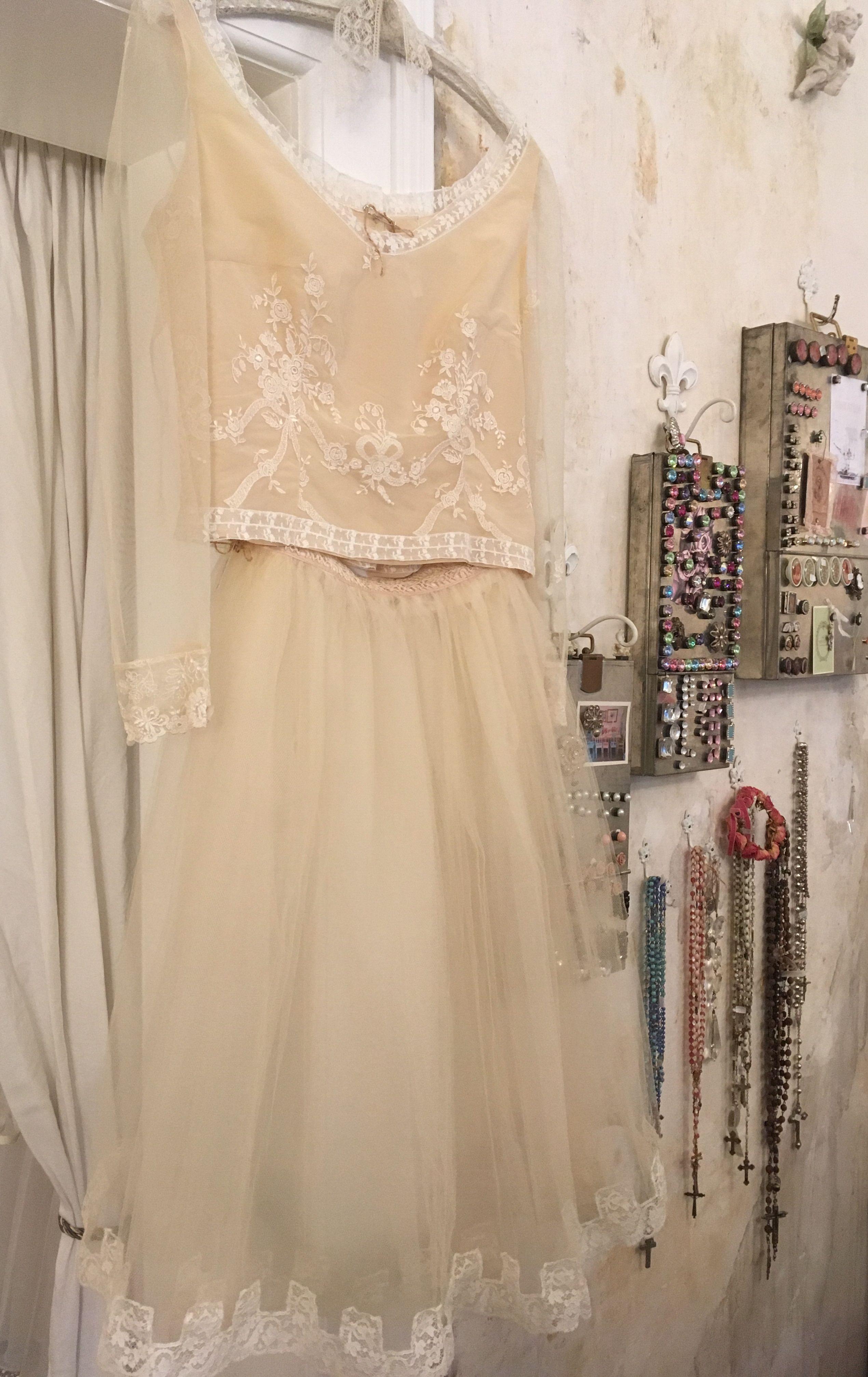 Kleider aus Vintage-Materialien bei UNIKATUM Luzern - Top und