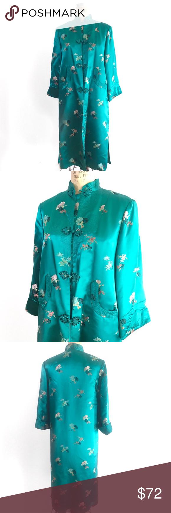 Vintage s embroidered satin jacket robe kimono gorgeous vintage