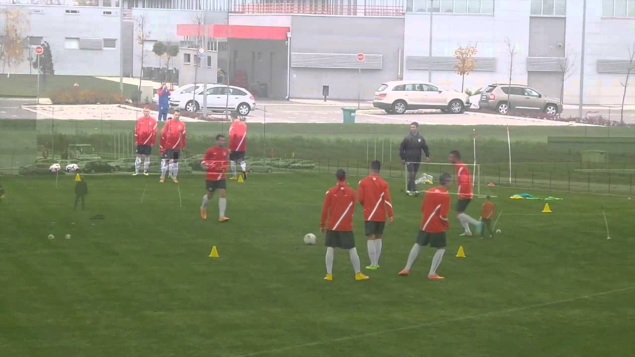 Great Football Session Serbia U 20 Entrenamiento 11 11 2014 Soccer Coaching Drills Soccer Training Good Soccer Players