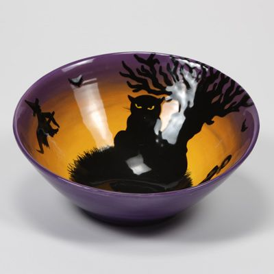sillhouette halloween bowl like the colors