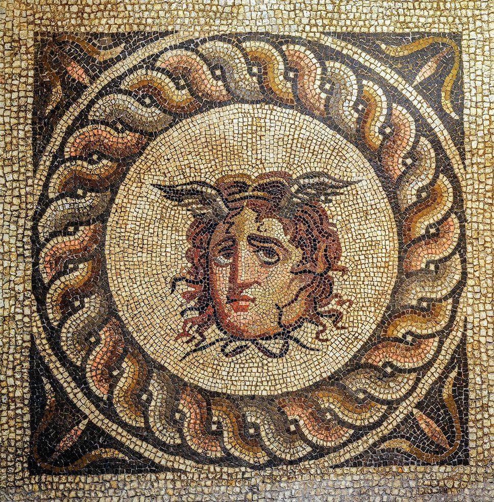 Medusa Mosaico De La Antigua Ciudad De Perge Provincia