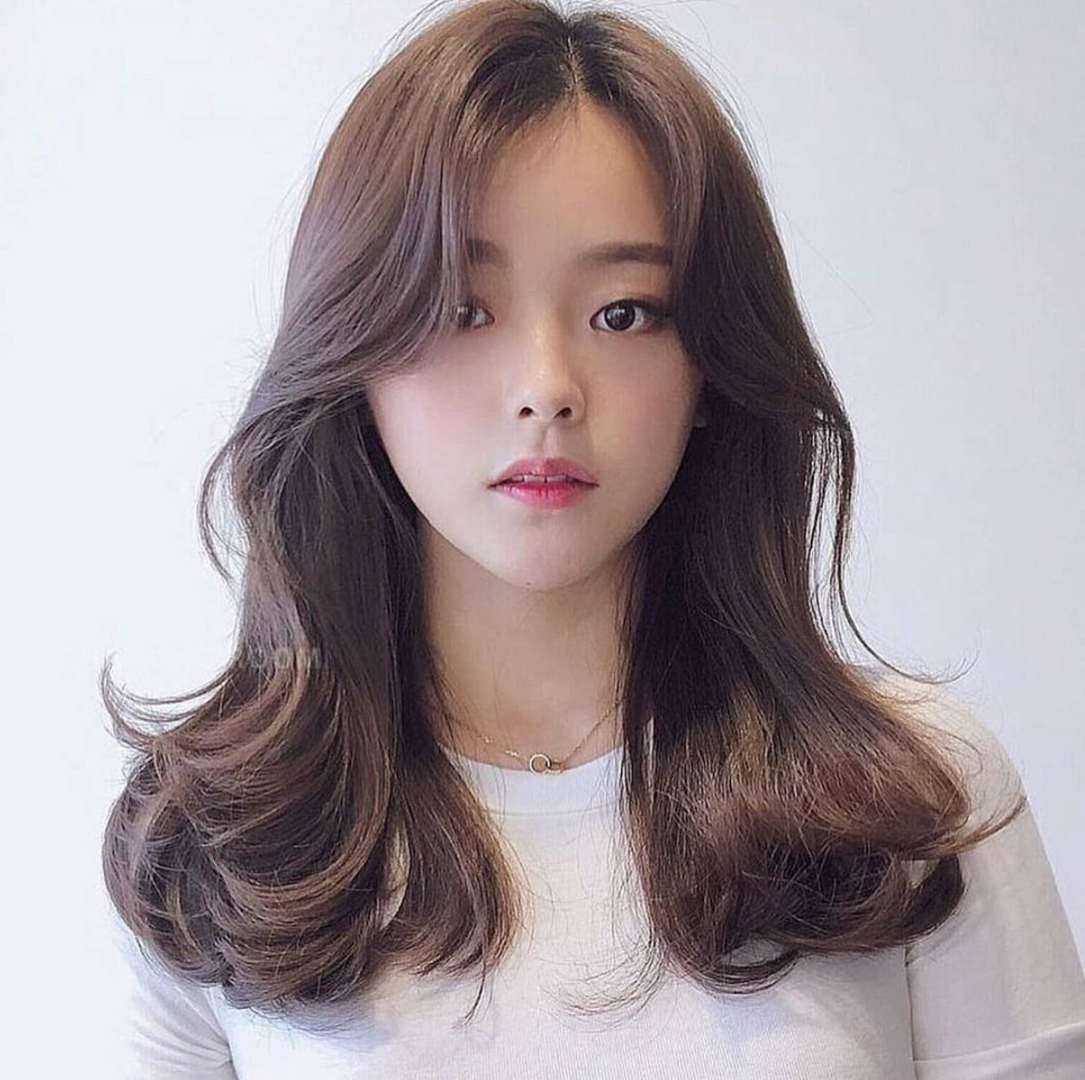 The Hottest Long Side Korean Bangs In 2019 Top Beauty Lifestyles Korean Long Hair Medium Hair Styles Medium Thin Hair
