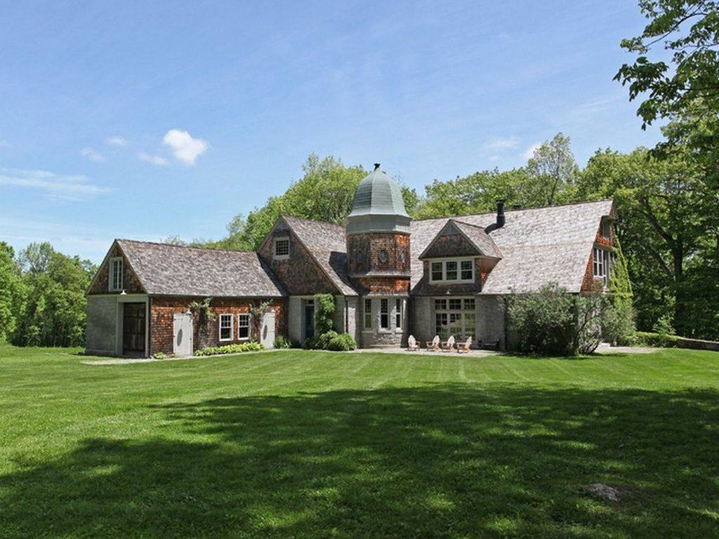 7 Litchfield Lake Homes For Sale