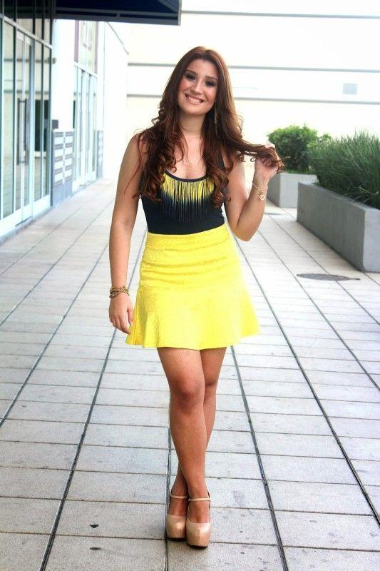 Saia Peplum Amarela by Bianca Andrade do Blog Boca Rosa