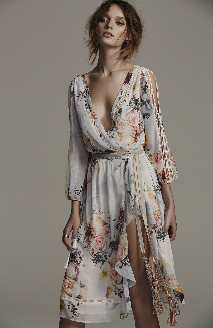 Primrose Split Sleeve Midi Dress We Are Kindred Fashion Boho Fashion Style [ 1380 x 896 Pixel ]