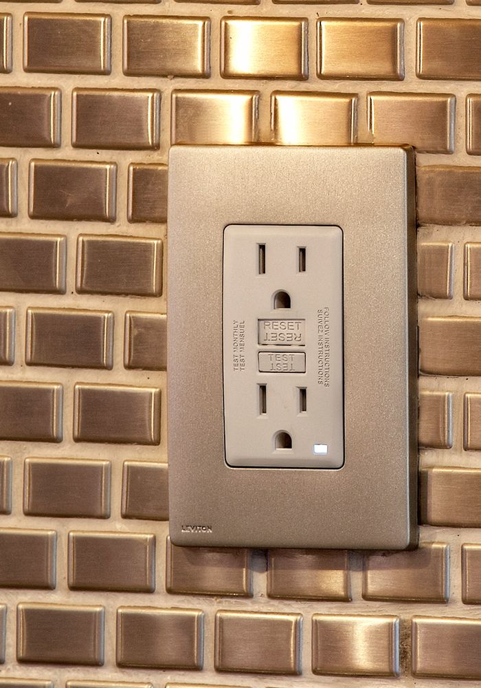 Leviton GFCI Outlet, One-Gang Wallplate in Stainless Steel ...