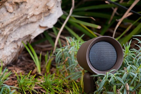 Sonance Landscape Audiophile Quality Outdoor Speakers Www Dellsmarthomesolutions Com Outdoor Speaker System Outdoor Speakers Outdoor Landscaping