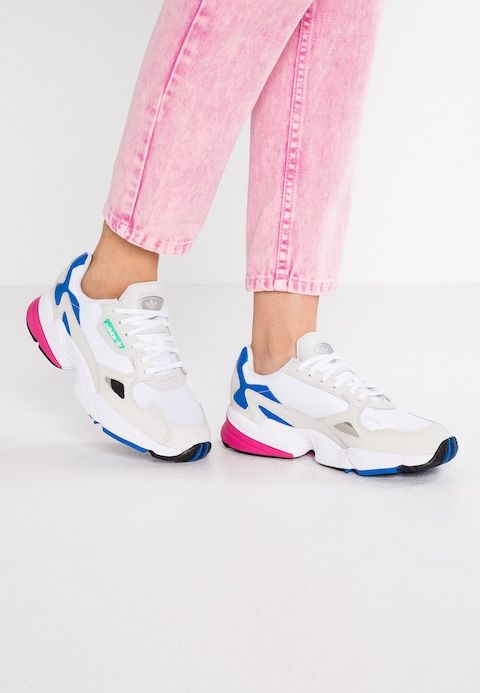 adidas Originals FALCON - Zapatillas - footwear white/grey ...