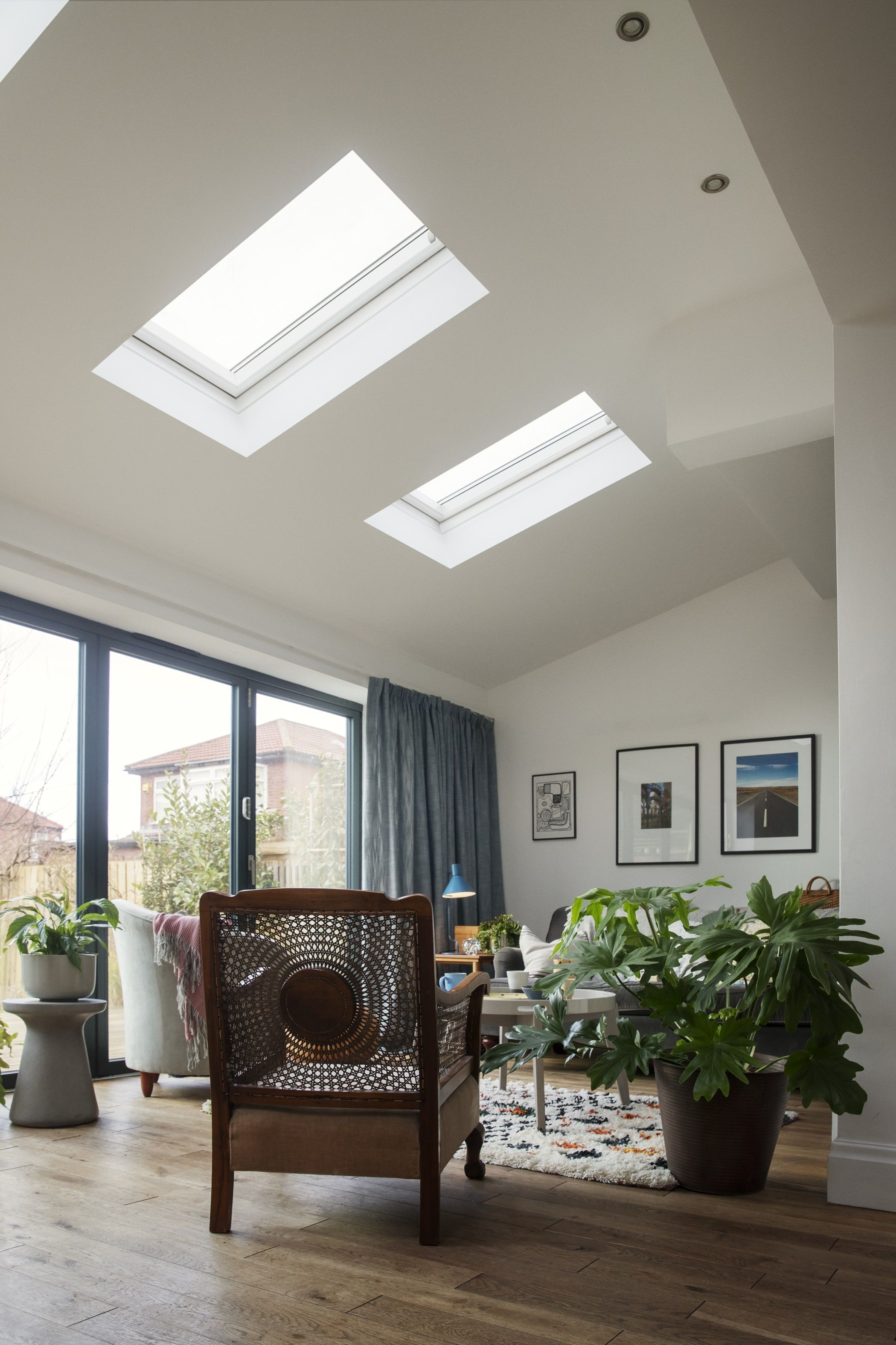 20 Wonderful Skylights In Living Room Star Decorating Best Home Ideas And Inspiration Skylight Living Room Living Room Renovation Open Plan Living Room