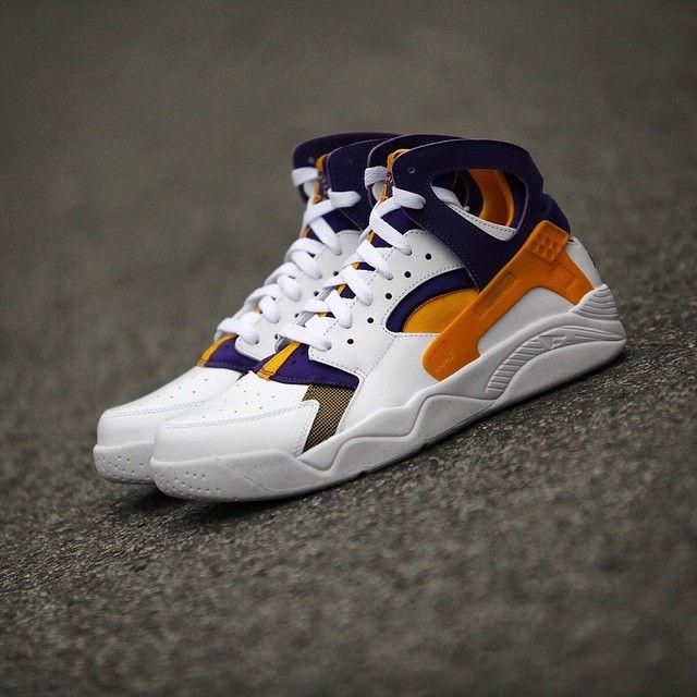 Nike Air Flight Huarache Kobe Lakers White Gold Purple