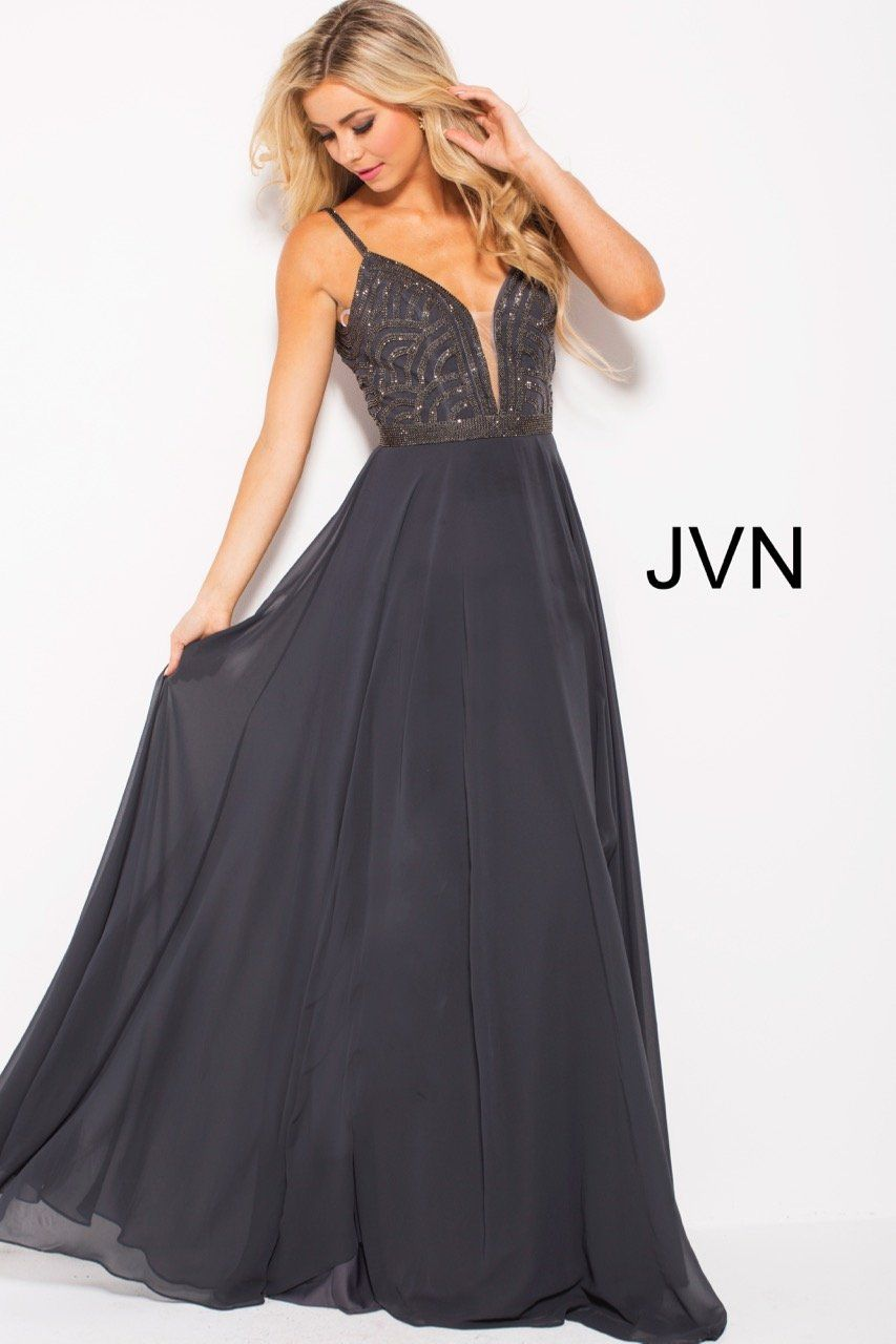 7297e71623e Embellished plunging neck bodice and chiffon skirt Perfect for Prom