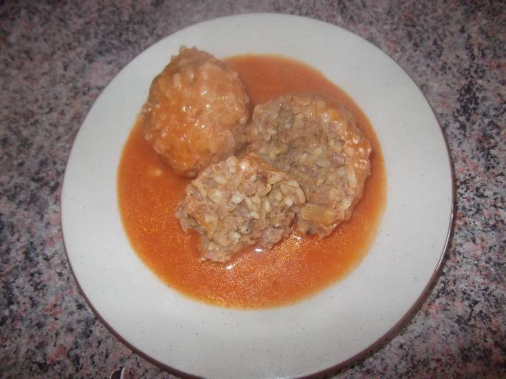 Fotorecept: Mäsové guľky v paradajkovej omáčke