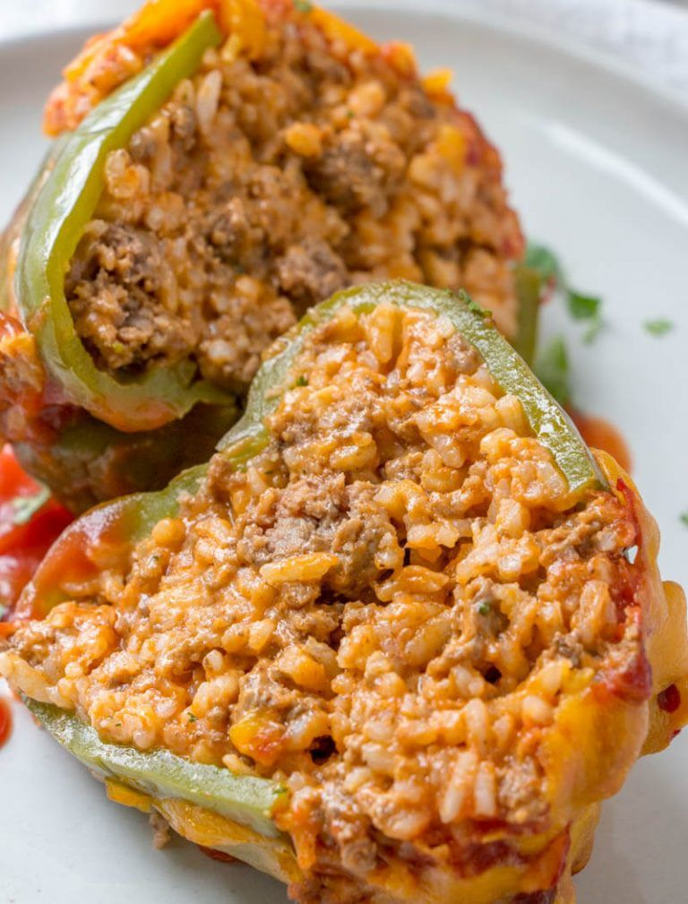 Stuffed Green Peppers An Easy And Fast Dinnertime Meal Recipe Stuffed Peppers Green Pepper Recipes Stuffed Green Peppers