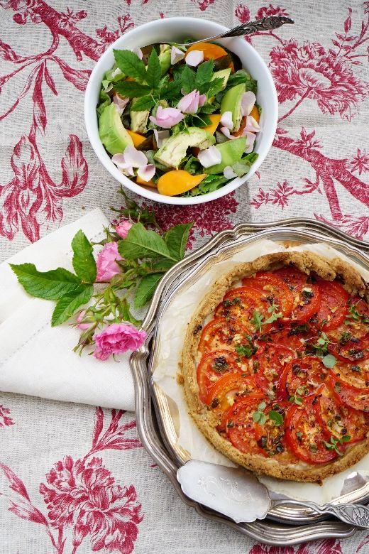 Suositun tomaattipiirakan resepti | A popular tomato pie recipe