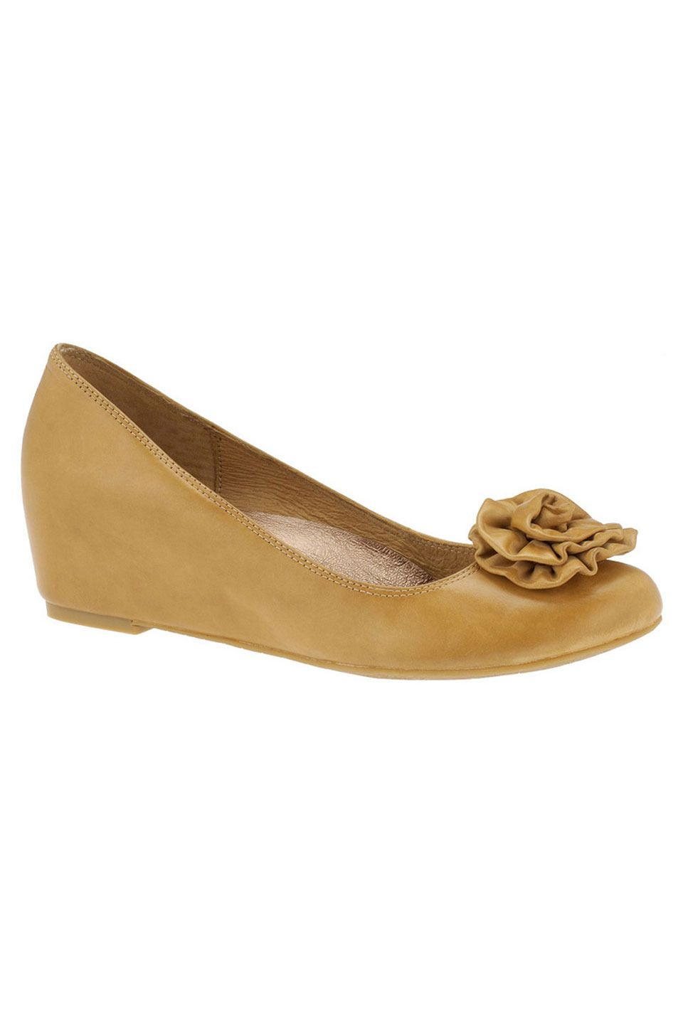 Hush Puppies Bud Shoes In Cream Leather Fashion Cute Shoes Shoes