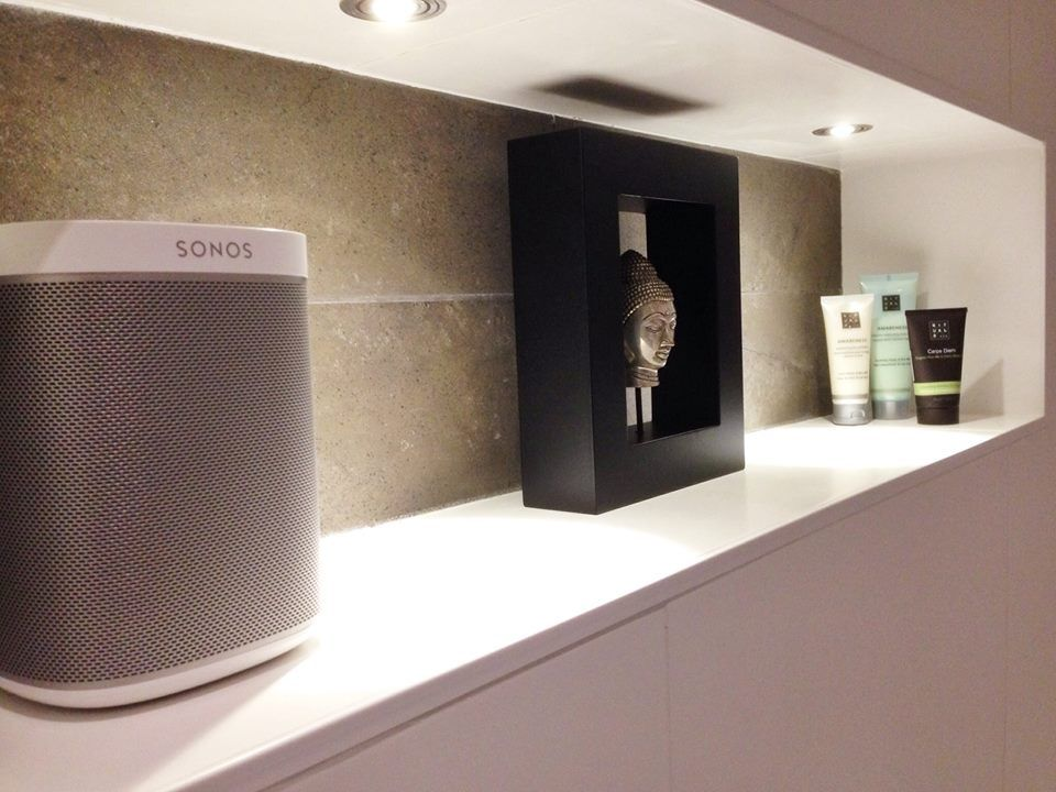One Sl The Essential Home Speaker Sonos Bathroom Sonos Cool