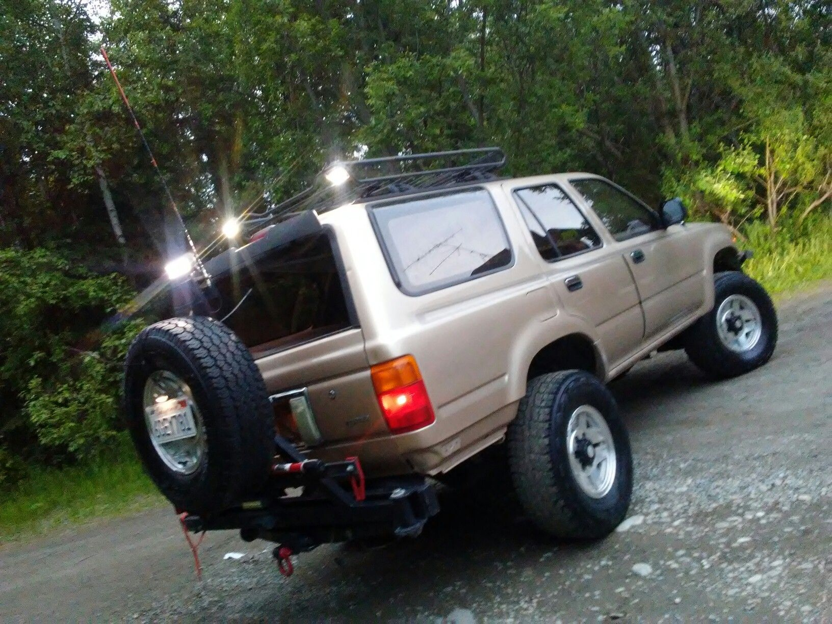 Customized 1995 Toyota 4runner 2nd Gen Wasilla Alaska Roof Rack Swingout Tire Carrier Led Lights 3 0 Roadtires 4runner Toyota 4runner Tires Online