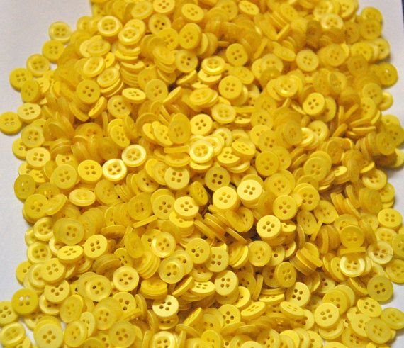 Bulk buttons 500pcs  Bright Yellow Round by ButtonCollection