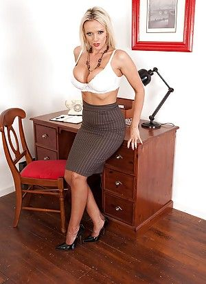 Mature Porn Office
