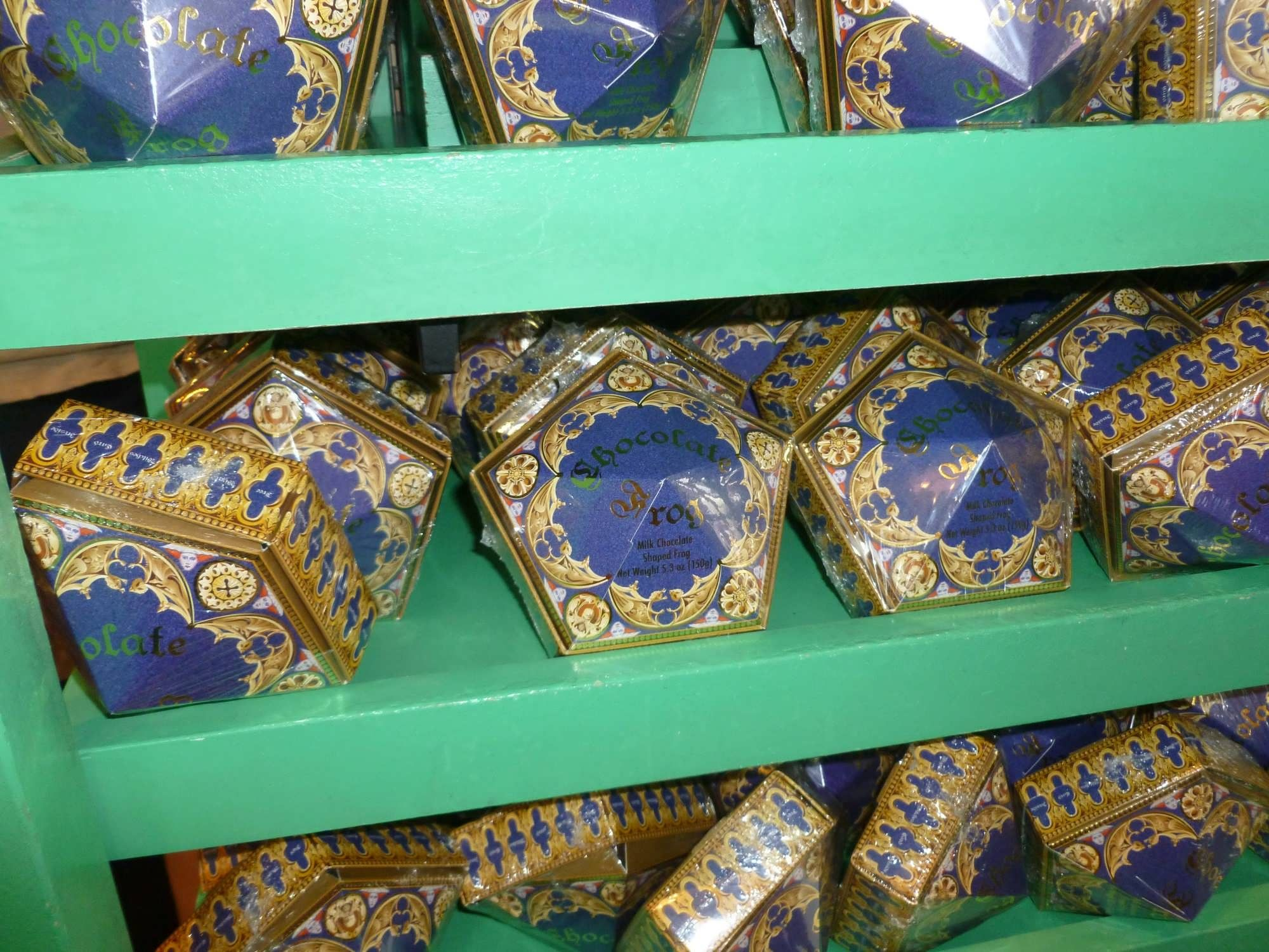 Chocolate frogs from the wizarding world of harry potter for Frog studio