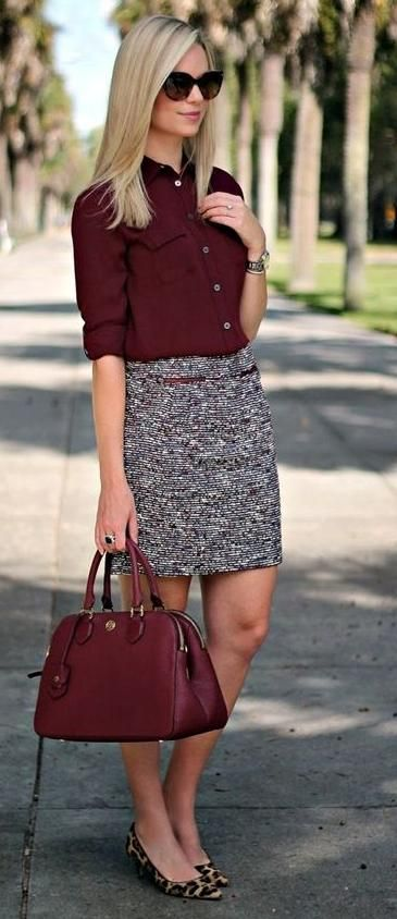 Wine COLOR Accents bleed well into this skirt pattern and matching bag....Love IT