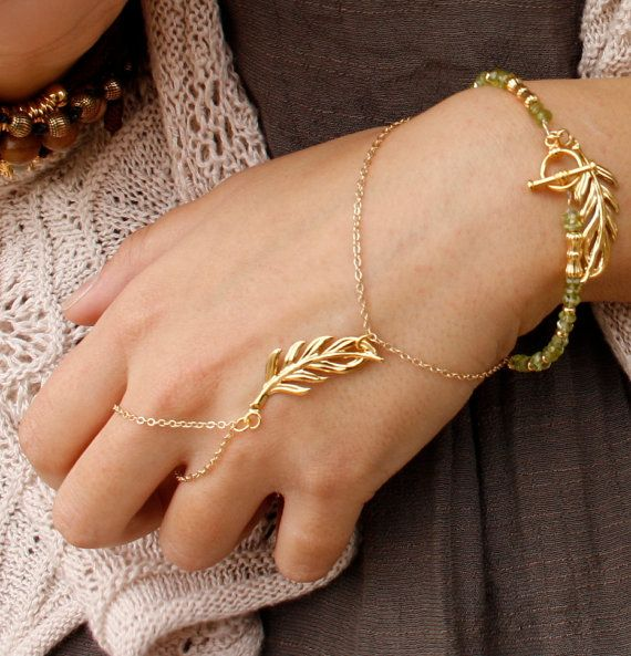 Slave bracelet Gold leaf hand chain bracelet Gold by Oyeloria