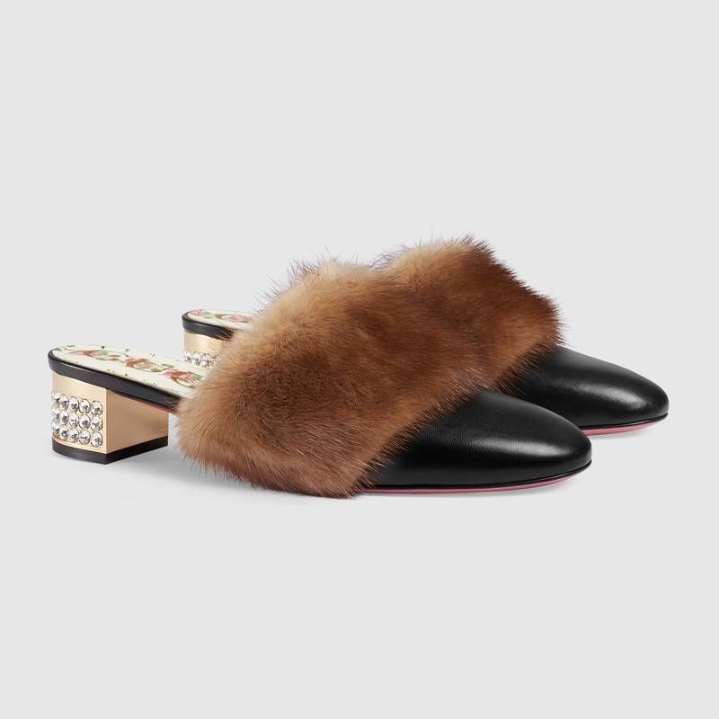 49f8abc2f69 GUCCI Leather slide with mink fur   1