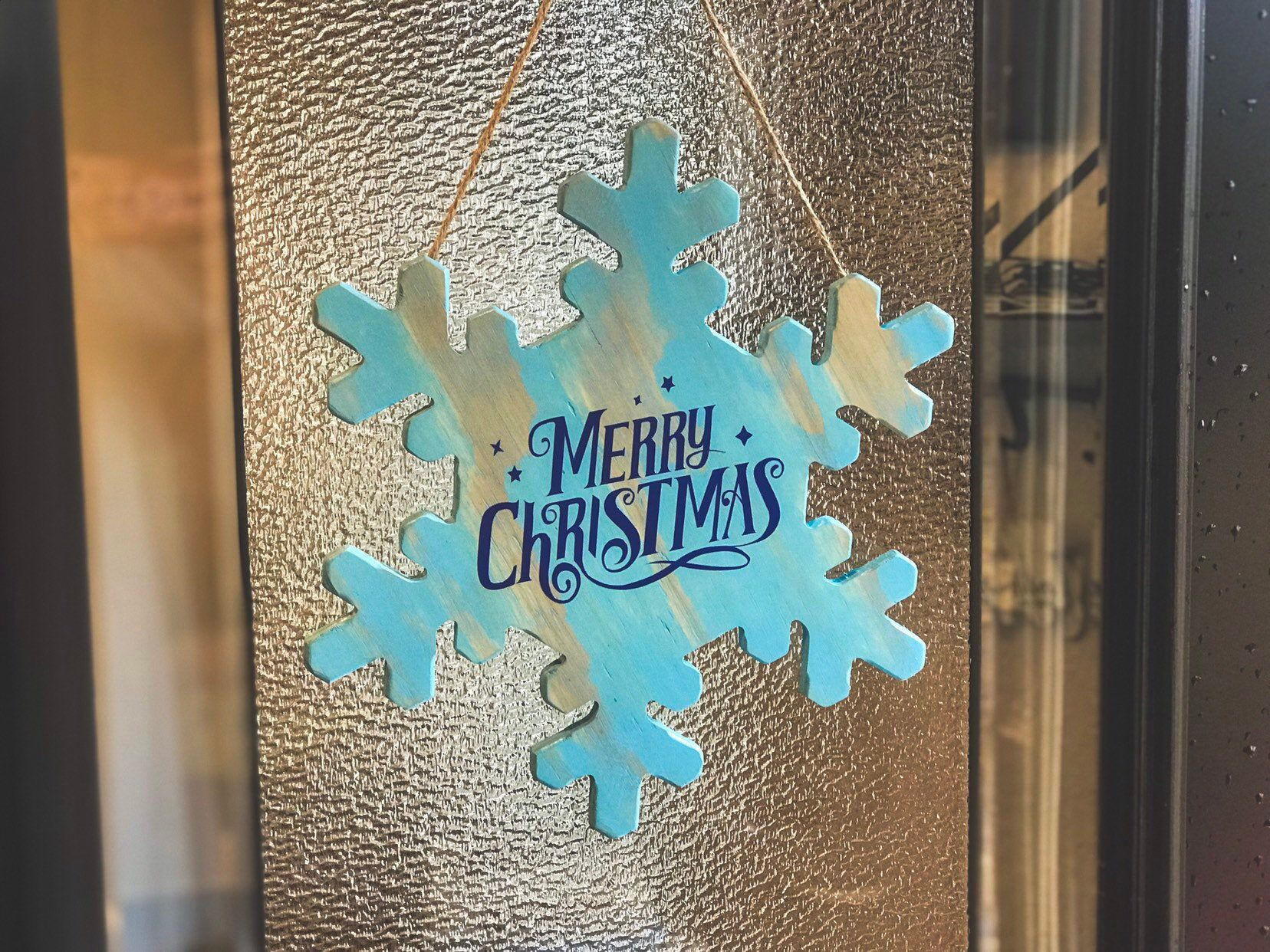 Merry Christmas Blue Snowflake Door Hanger, Vintage Christmas, Christmas Wreath, Christmas Decor, Snowflake Wreath #hangersnowflake