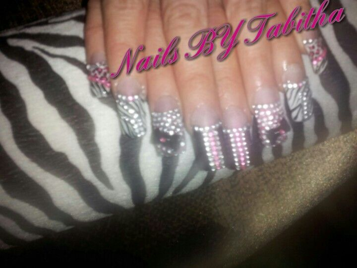 Find me on facebook Nailsby Tabitha