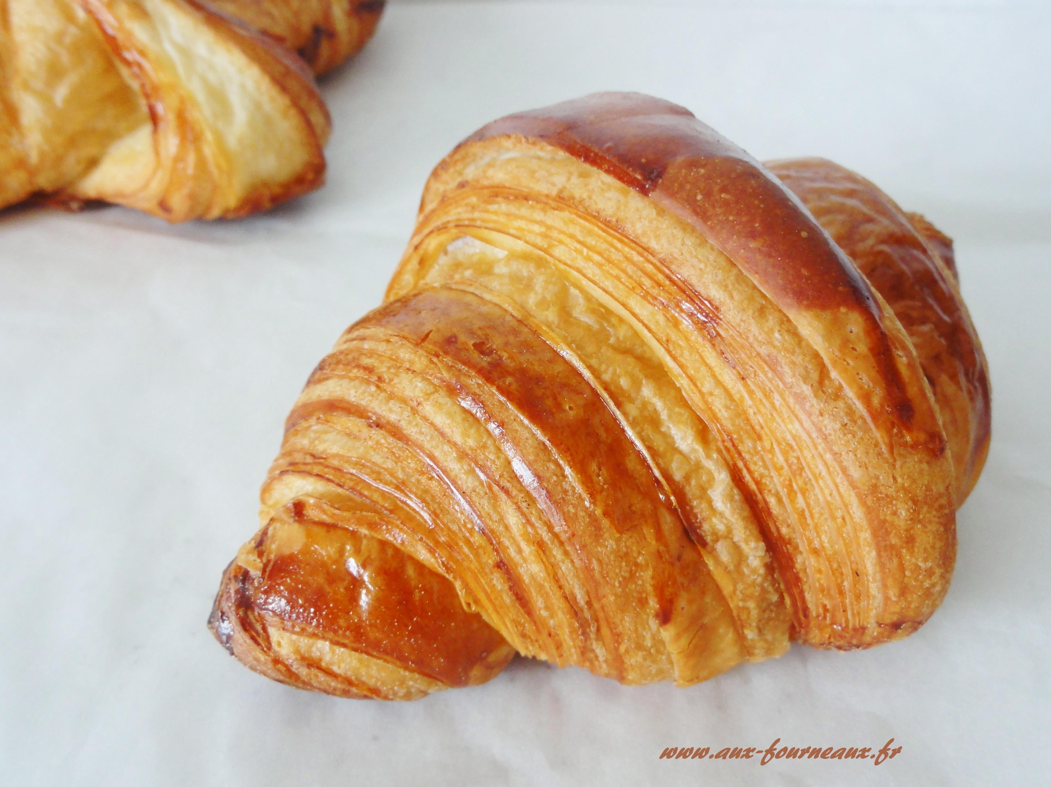 recette du croissant au beurre recette croissants et. Black Bedroom Furniture Sets. Home Design Ideas