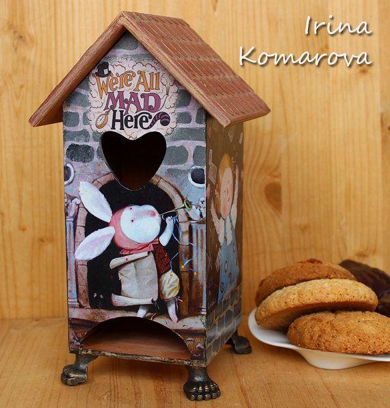 Чайный домик Алиса в стране чудес декупаж домик от MissDecoupage