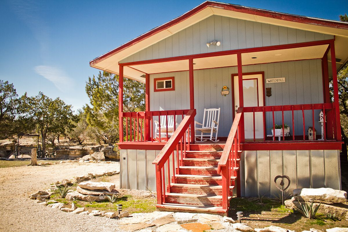 Superieur Anderson Creek Cabins Glen Rose Texas 4 Snug, Rustic Cabins Featuring Decks  With Creek