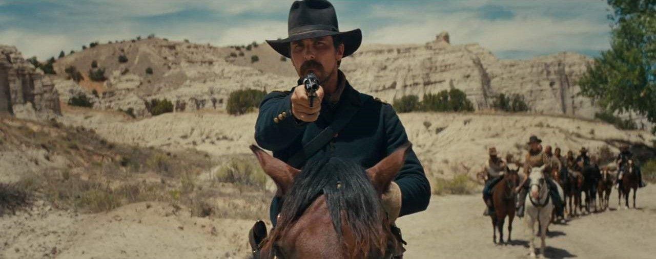 christian bale on horseback in hostiles | 'Hostiles' Trailer: Christian Bale Comes Riding in Hot and ...