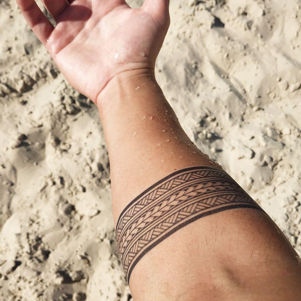 Amazing Polynesian Armband