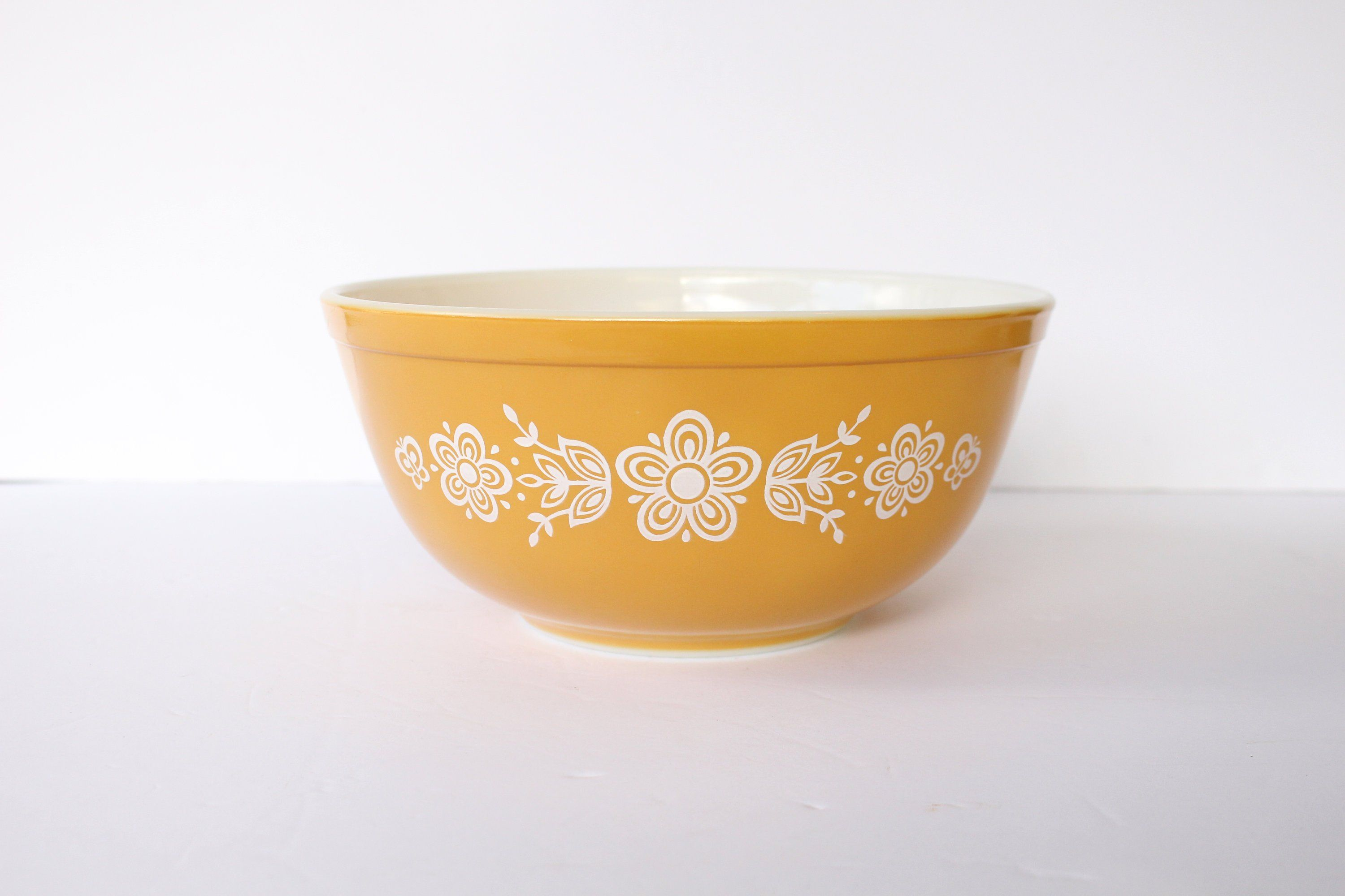 Vintage Pyrex bowl butterfly gold made in the USA